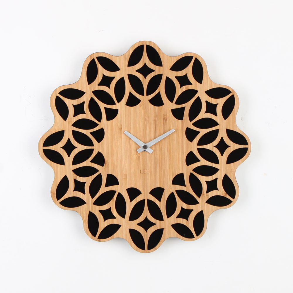 Loo Wall Clock Retro 60s Homeloo