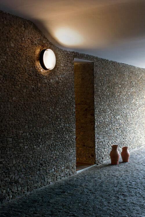 Plaff-on-on-a-wall