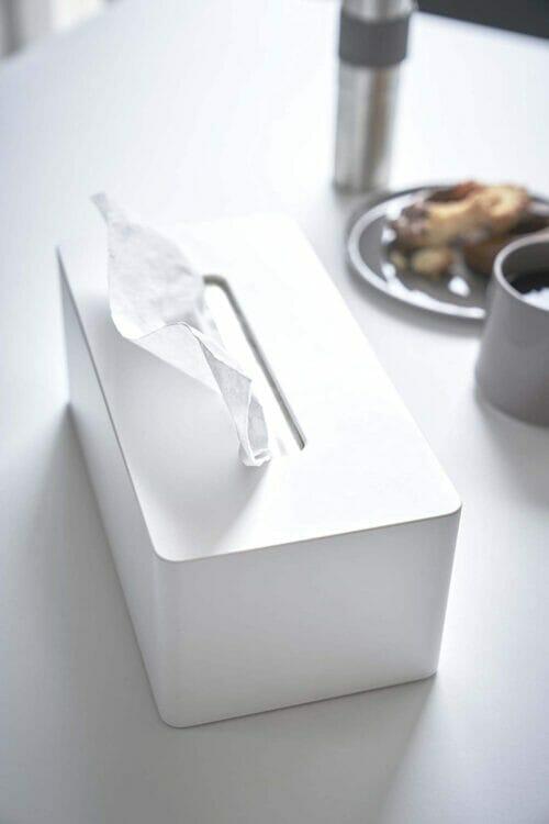yamazaki_3901_white_table1