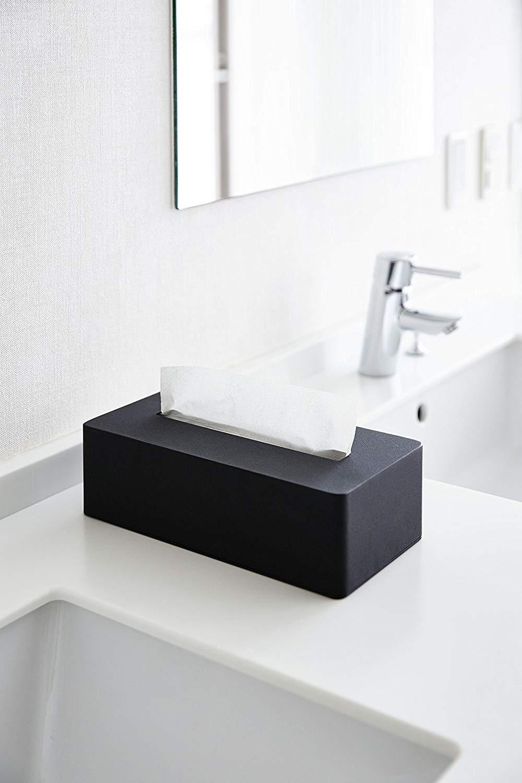 yamazaki_4217_black_bathroom
