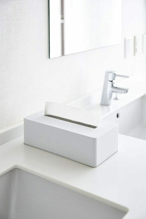 yamazaki_4217_white_bathroom